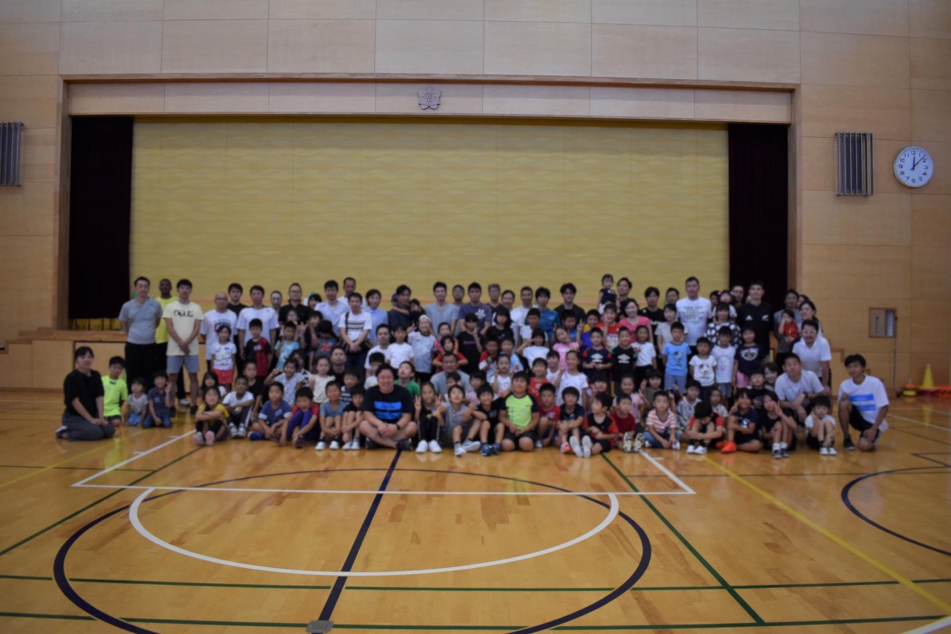 愛知県長久手市の市が洞小学校にて親子かけっこ教室を開催